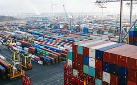 比利時安特衛普港集裝箱碼頭。(圖源:新華社)