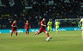 越南與庫拉索隊對戰,德輝幫助越南球隊扳平比分。