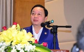湄公河委員會主席、資源與環境部長陳紅河在會議上發言。(圖源:互聯網)
