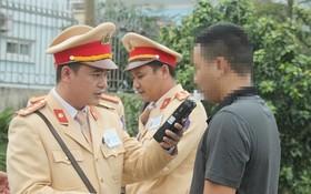 公安部首次建議公佈執勤交警的姓名及電話號碼。(示意圖源:線潘)