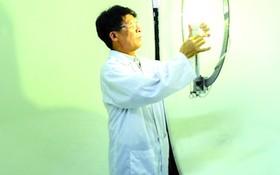 河內百科大學一位博士在物理技術院工作。