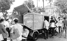 在會議上陳列的達標垃圾運載車款。