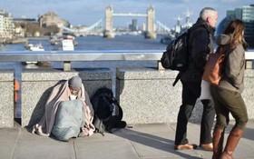 英國國家統計局:去年無家可歸死亡人數達726名,創下新的歷史紀錄。(圖源:CNN)