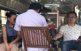 許多台商參加捐血公益活動。