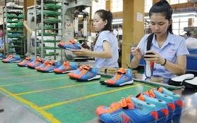華人企業平仙公司生產線。