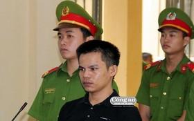 出庭受審的被告人范俊。(圖源:峴港市公安報)