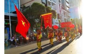華人同胞為本市發展不懈努力