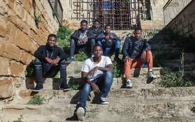 孤身抵達意大利的難民兒童年滿18歲或將喪失兒童保護面臨被驅逐危險。(圖源:UNICEF)