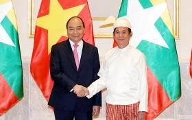 政府總理阮春福(左)會見緬甸總統吳溫敏。(圖源:光孝)
