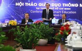 市人委會常務副主席黎清廉(中)在研討會上致開幕詞。(圖源:阮順)