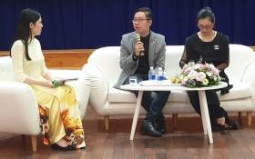 市人文社科大學中國語文學系副主任張家權、該中心校長陳氏青梅主持講座