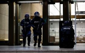 日本警察進行反恐演習。(圖源:Getty Images)