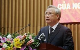 黨中央書記處常務書記陳國旺在會議上致詞。(圖源:燕珠)