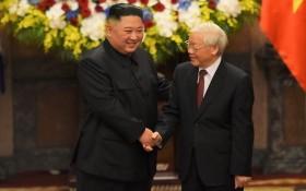 2019年3月1日,總書記、國家主席阮富仲接見了首訪越南的朝鮮領導人金正恩。(圖源:越通社)