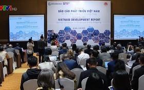 """2019年""""鏈接越南為共同繁榮與發展""""越南發展報告現場。"""