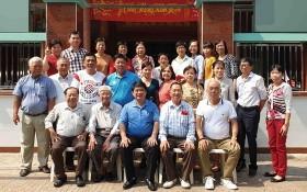 潁川學校積極辦好越華文教學