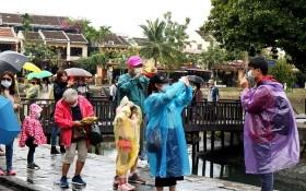國際遊客春節期間春遊會古埠。(圖源:吳玲)