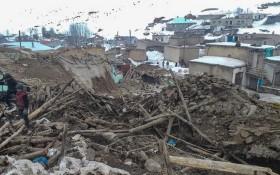 土耳其與伊朗邊境地區23日早上發生黎克特制5.7級地震,造成至少7人死亡,包括3名孩童,另有5人受傷送院。(圖源:AFP)