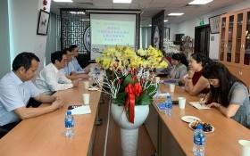 吳駿總領事在疫情爆發期間到商會關心中資企業。