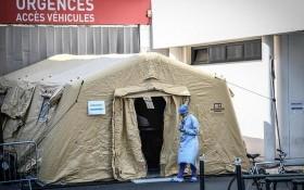 法國新冠病毒疫情嚴峻已經傷害到年輕人。(圖源:Getty Images)