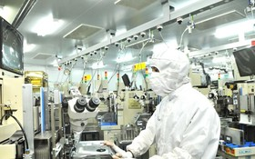 圖為新順加工出口區內的日資MTEX公司電子零件生產車間一瞥。