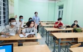 市華語成人教育中心於昨(11)日已讓學生回校復課。