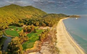 陵姑Laguna高爾夫球場靠山面海。(圖源:Laguna Golf)