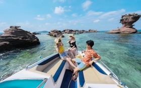 富國島碧水藍天美景每年吸引大量遊客觀光。(圖源:互聯網)