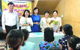 第六郡婦聯會在郡婦女授藝俱樂部開辦美食烹飪班。