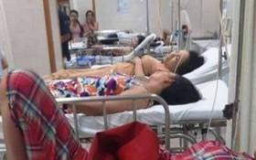 獲送醫院接受治療的部分疑似食物中毒患者。(圖源:H.K)