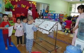 小朋友在幼兒園所用過的毛巾均獲清洗曬乾。(圖源:陳姮)