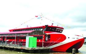昨(7)日,金甌省正式將金甌-南遊-富國旅遊航線投入運營。(圖源:明倫)