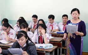 九年級學生正在溫習,為未來十年級招生考試做好準備。
