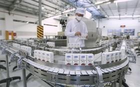 許多企業革新生產活動和提高國貨質量。
