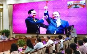 斯次會議得到63省、市領導及越南與歐盟各企業協會領導在全國電視聯播點參加。(圖源:黃雄)