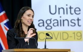 根據路透社7月27日報導的最新民調顯示,阿德恩領導的工黨的支持率上升到60.9%,大幅領先其他政黨。(圖源:Getty Images)
