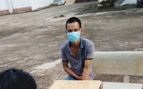兩次非法出境逃避隔離的武孟強被拘留。(圖源:黃北)