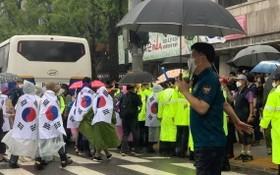 圖為8月15日,韓國多個保守派團體、宗教團體等在首爾繼續大規模集會。(圖源:互聯網)