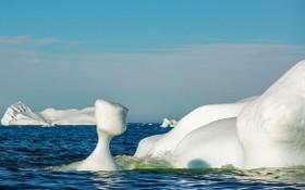 格陵蘭島西海岸,北極圈以北250公里處的迪斯科灣,許多冰山漂進峽灣,並逐漸融化。 (圖源:Sipaphoto)