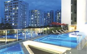 這是在本市首個為居民建設透光泳池的社區。