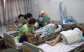 疑似食物中毒的小學生獲送第二郡醫院接受治療。(圖源:院方提供)