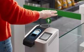 當地 9 月 29 日,亞馬遜宣佈推出Amazon One掌紋識別技術。(圖源:亞馬遜)