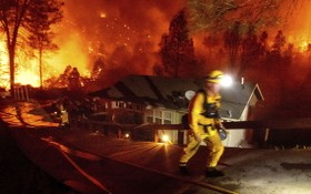 截至當地時間9月30日,美國加州2020年山火季的燃燒面積已超過380萬英畝,為有記錄以來的最高水平。(圖源:互聯網)