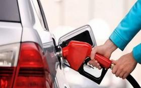 RON95汽油每公升1萬5122元。(示意圖源:田升)