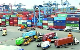 我國港口一片繁忙景象。(圖源:K.T)