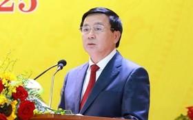 中央理論委員會主席阮春勝出席大會並發表指導意見。