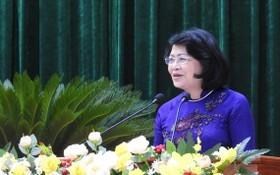 國家副主席鄧氏玉盛在大會上發表講話。(圖源:人民報)