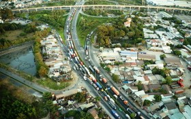 環市二路尚未得到充分投資,車流量太大導致交通擁堵。(圖源:文平)