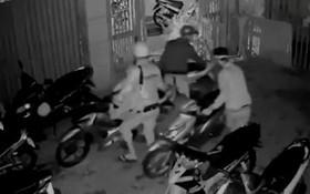 視頻監控拍下匪徒行竊過程。(示意圖源:互聯網)