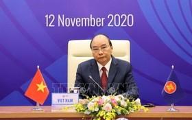 政府總理阮春福主持會議。(越通社)